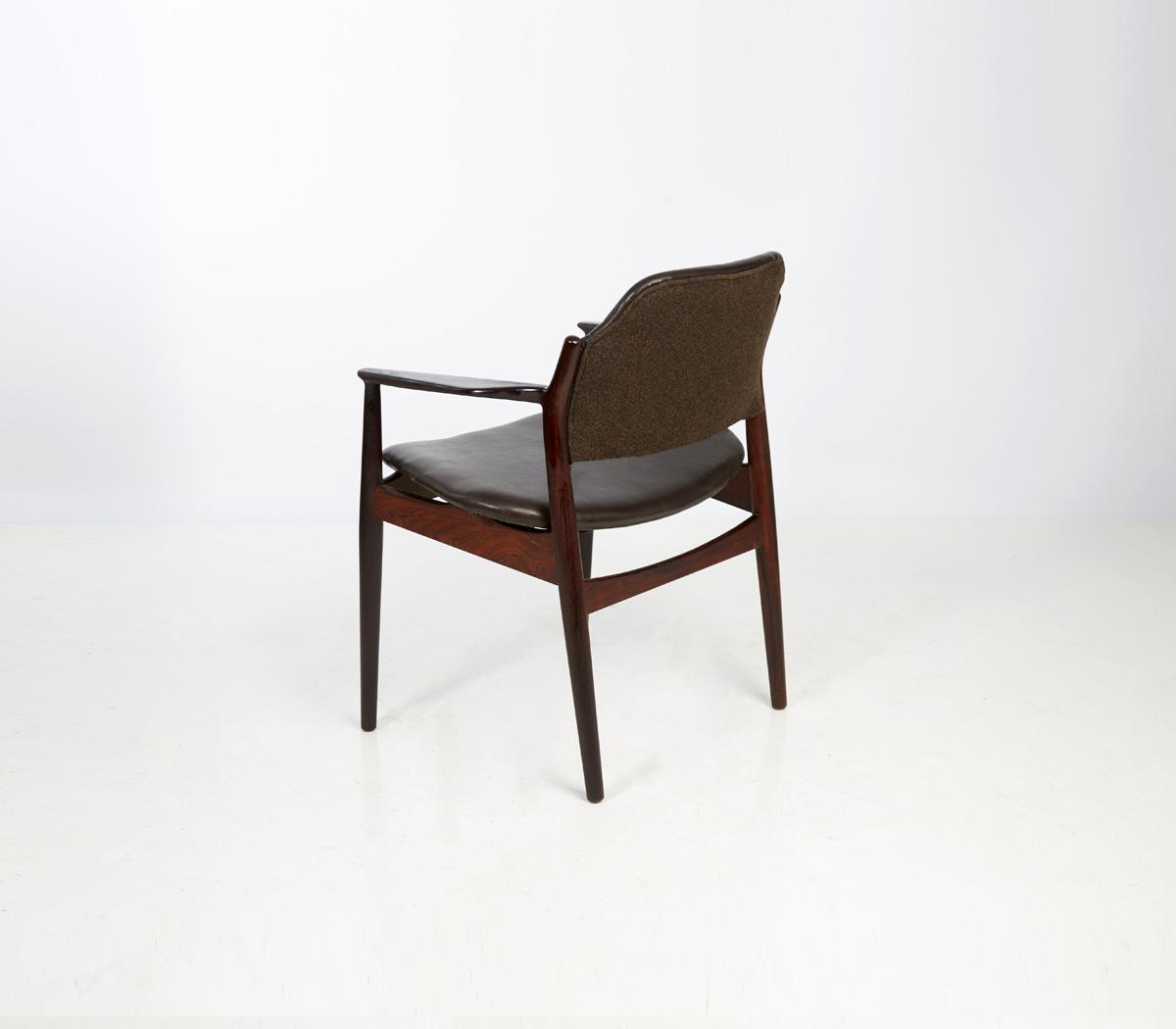 fauteuil de bureau scandinave arne vodder galerie assi. Black Bedroom Furniture Sets. Home Design Ideas